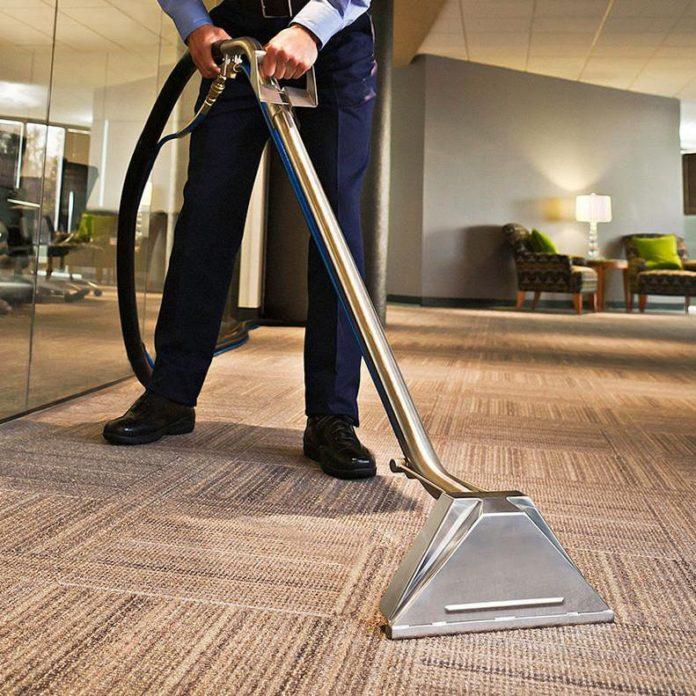 Pentru servicii de curatare mocheta Bucuresti rapide si ecologice apelati la firma de curatenie Premier Cleaning