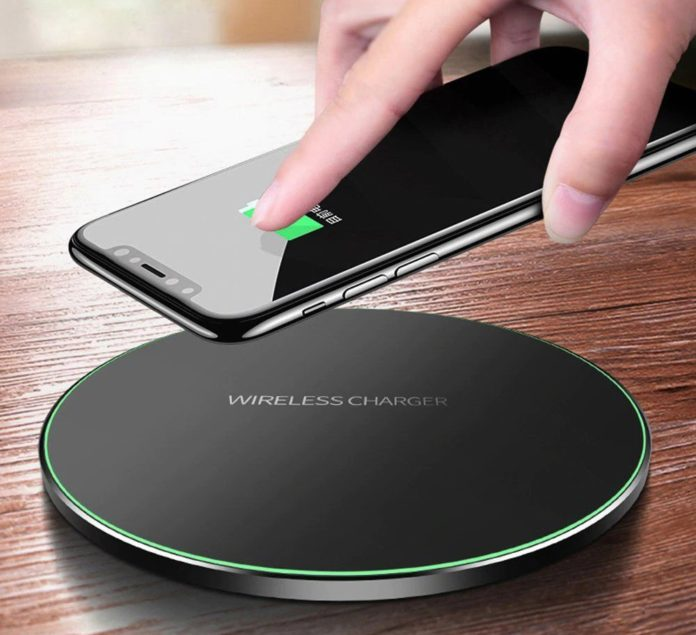 Incarcator wireless este accesoriul care nu trebuie să lipsească din nici un autovehicul